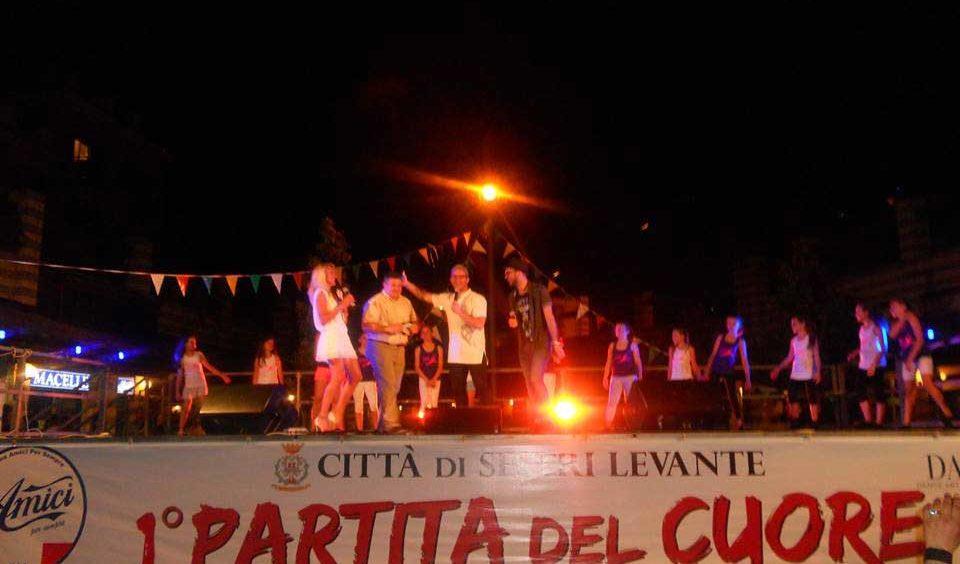 Partita della Nazionale Italiana di Amici e spettacolo serale a favore di NoiHandiamo – 12/06/2014