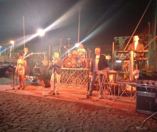 CONCERTO ORCHESTRA CARAVEL – SPIAGGIA NOIHANDIAMO – 31/08/2015